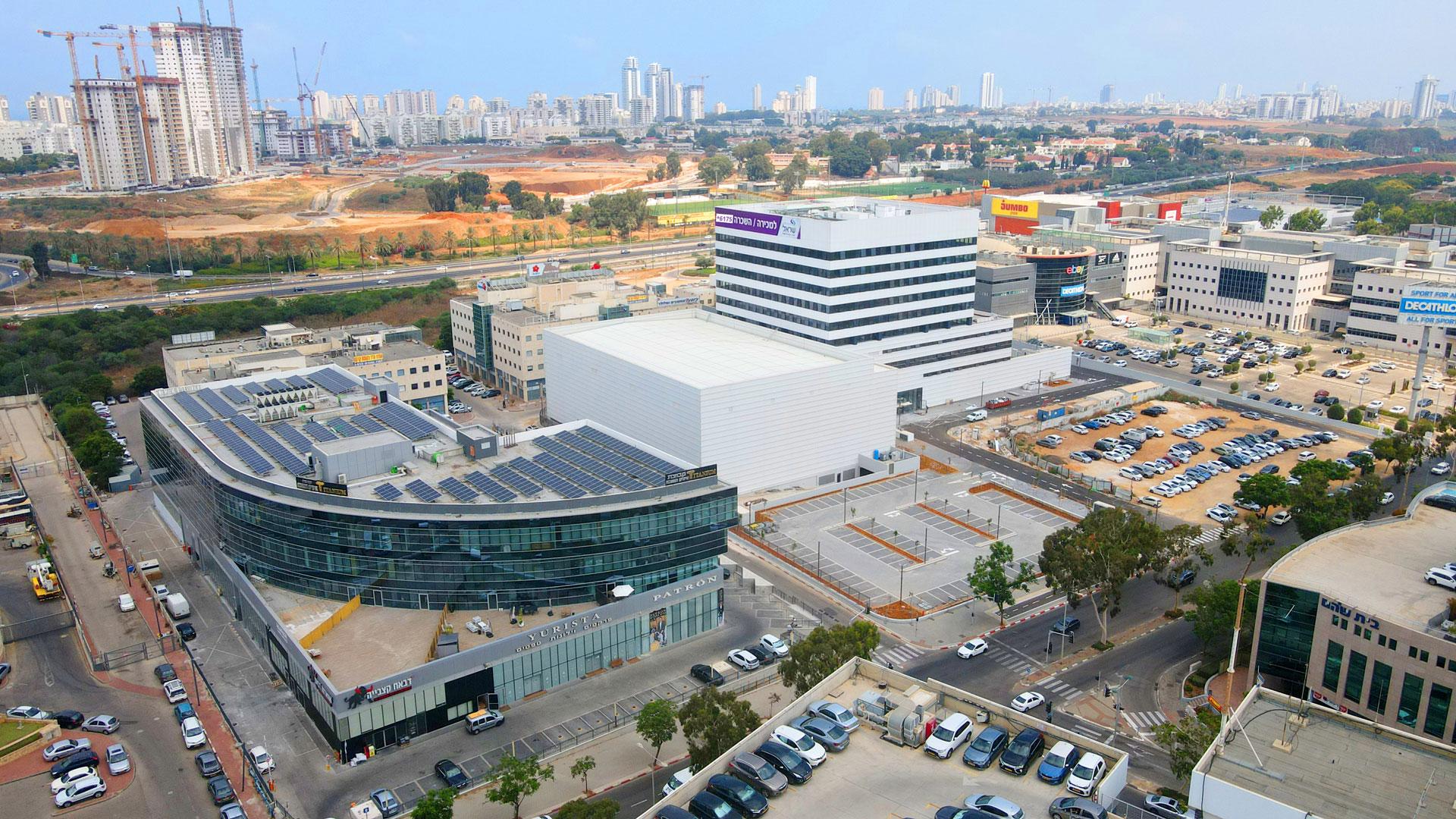 משרדים להשכרה בנתניה - בניין טיטניום
