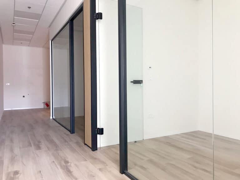 משרדים להשכרה בנתניה בניין טיטניום 75 מר בגמר מלא